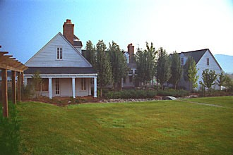 Mouzon Residence in Gurley, Alabama viewed from south face, looking into courtyard