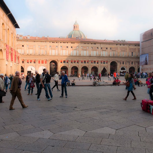 plazas, like this one in Bologna, can and should be great outdoor rooms