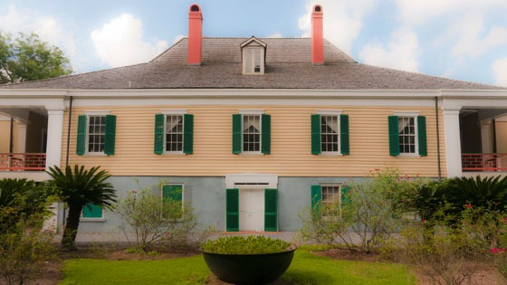 rear face of Destrehan Plantation house in Louisiana