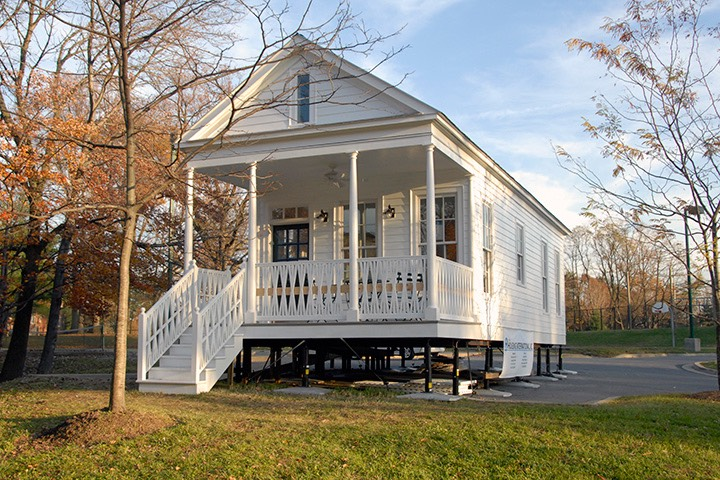 "Katrina Cottage VIII on display in Silver Spring, Maryland - this was the first ""kernel cottage"" to be designed, able to expand in several directions"