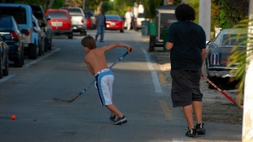 kids playing street hockey in Key West