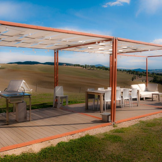 thinnest possible enclosure marks out this outdoor room in the Tuscan countryside