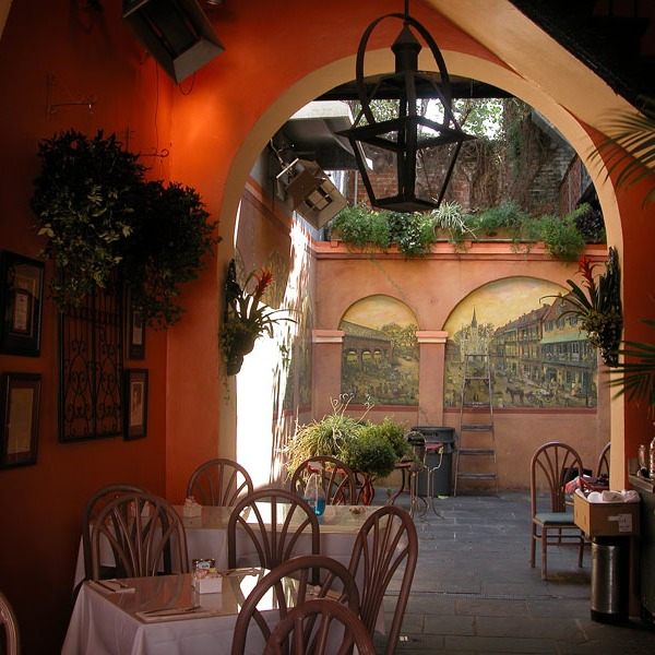 courtyard of the Old Coffee Pot, my favorite French Quarter breakfast place
