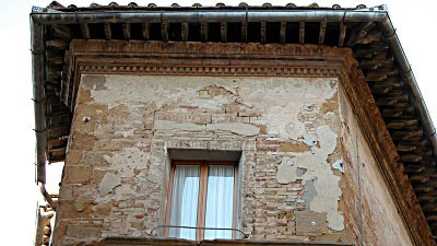 eave in the Tuscan town of Pienza