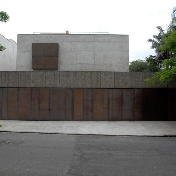 Sao Paulo, Brazil steel & concrete house front