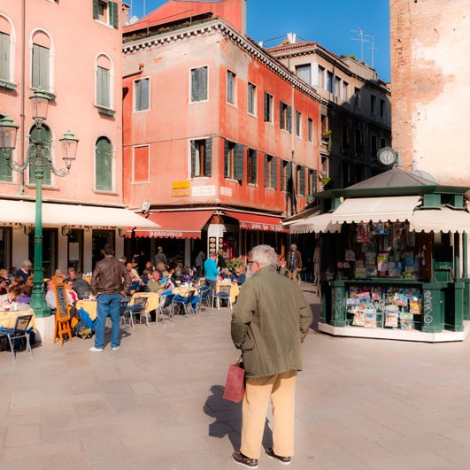 too many things to see in another classic Venice piazza